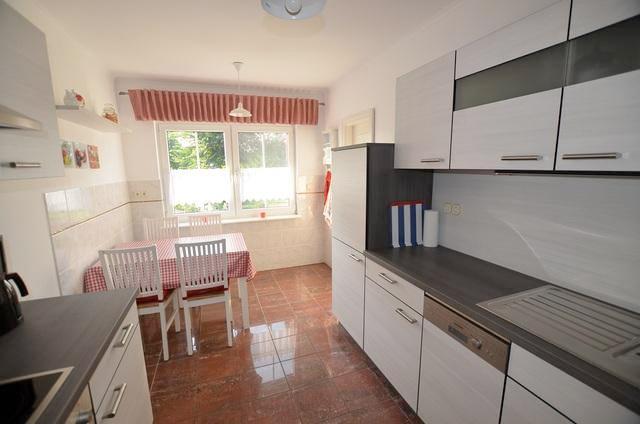 ferienhaus usedom f r 6 personen in karlshagen ferienwohnung usedom. Black Bedroom Furniture Sets. Home Design Ideas